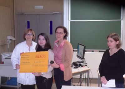 Remise des dons au Centre anticancereux de Dijon